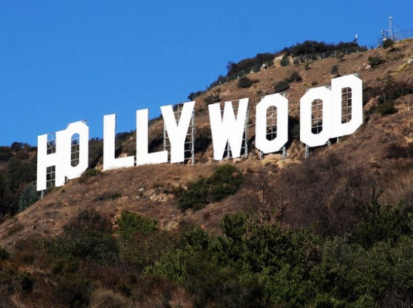 6153155-R3L8T8D-600-hollywood-sign-address